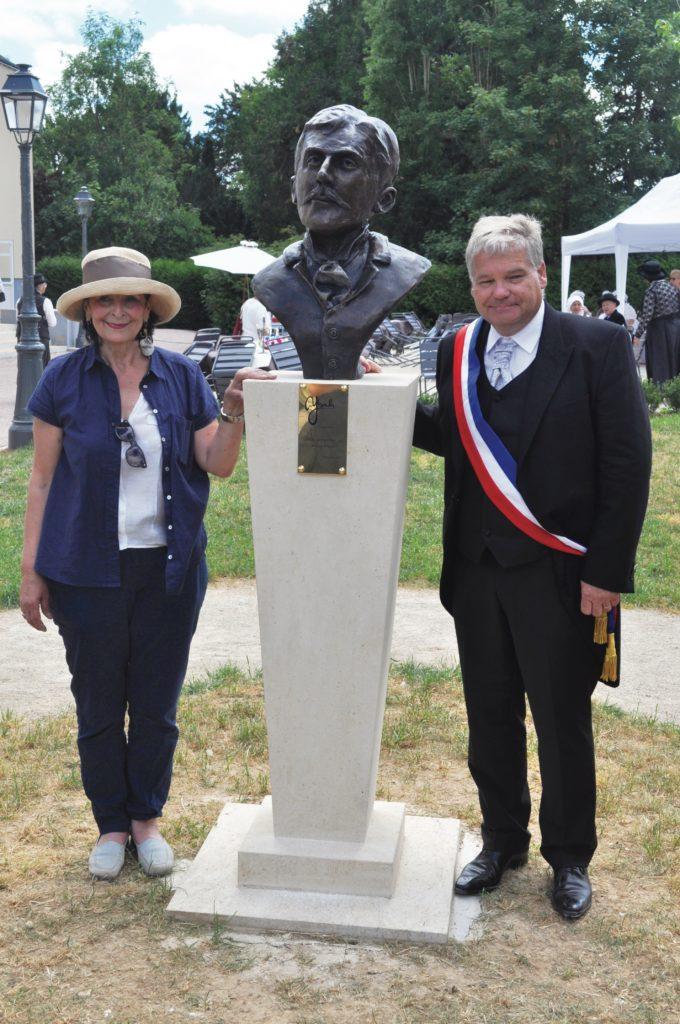 Inauguration de « Ptit Loup », Marcel Proust enfant, à Illiers-Combray